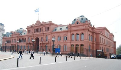 Casa_Rosada__Argentine_version_of_the_White_House.jpg