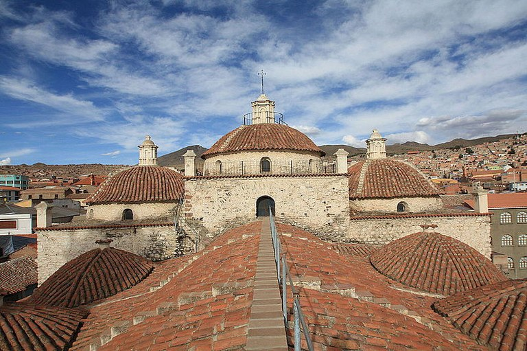 Roof_of_San_Francisco_Convent,_Potosí.JPG