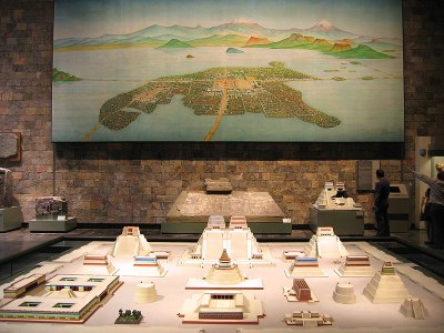 800pxReconstruction_of_Tenochtitlan2006.jpg