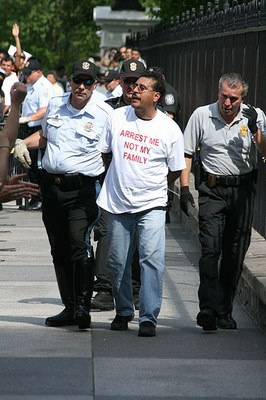 400pxImmigration_Reform_Leaders_Arrested_8.jpg